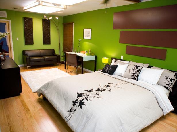 ryškiai žalia spalva miegamajame kamabryje